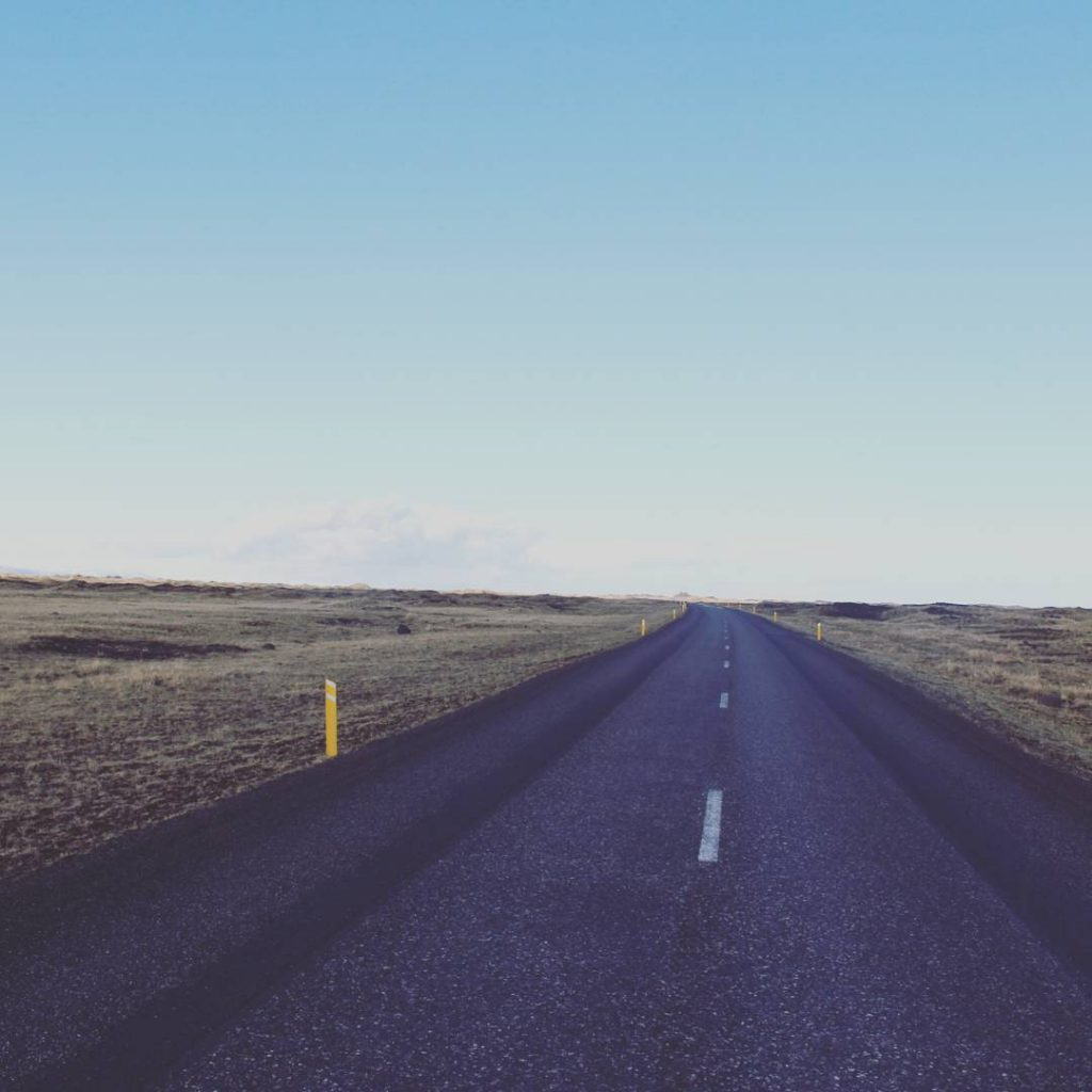 roadtrip-islande-route-deserte